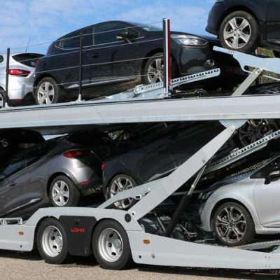 2 axles Lohr car-carrier, from the Eurolohr 200 range, loaded with 10 city cars.