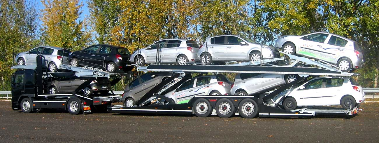 3 axles Lohr car-carrier from the range Eurolohr 300, loaded with 10 city cars.