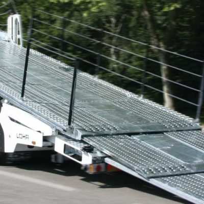 Car-carrier Lohr of the Solo range, with its loading ramp deployed.