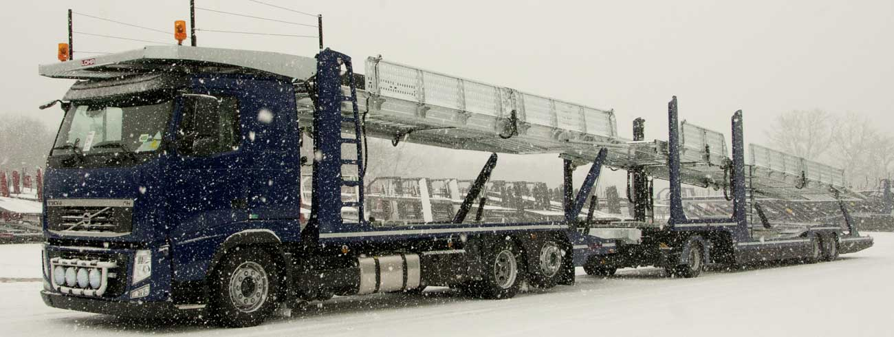 Car-carrier Lohr, the TrSp 25.25 under the snow.