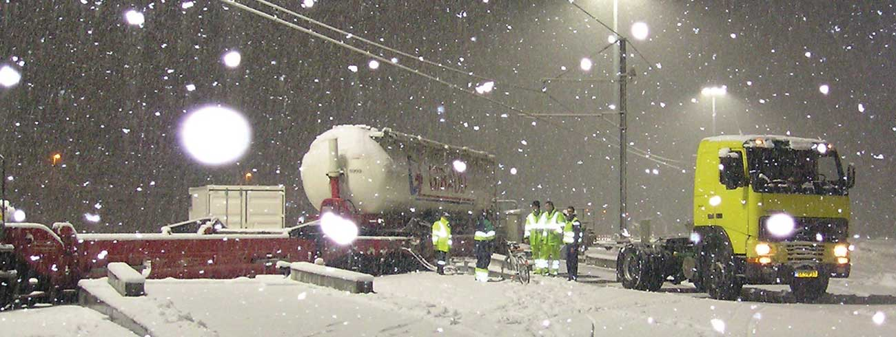 A Lohr system terminal in service under the snow