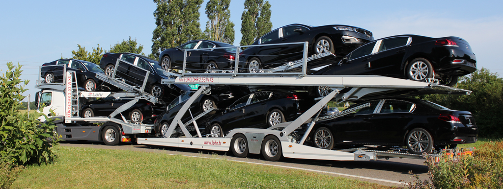 Eurolohr 2.53 WXS New, car-carrier Lohr, loaded with 9 sedans.