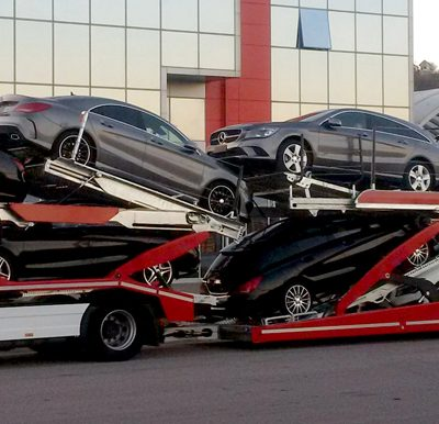 Lohr 3 axles car-carrier: Eurolohr 3.53, loaded with 9 sedans.