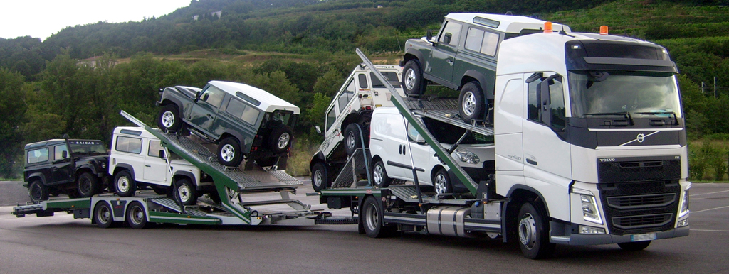 Lohr car-carrier Tale, loaded with 6 4x4.