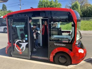The i-Cristal Lohr autonomous Shuttle in Saclay autonomous Lab.
